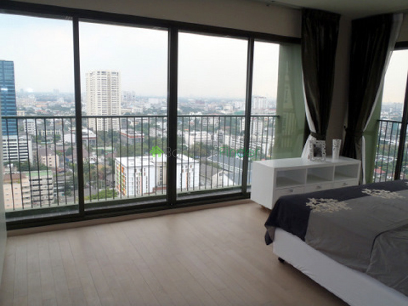 Thonglor, Bangkok, Thailand, 2 Bedrooms Bedrooms, ,1 BathroomBathrooms,Condo,For Sale,Noble Solo,5228